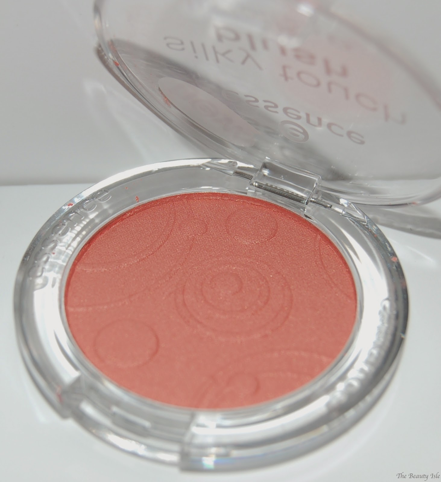 essence cosmetics autmumn peach blush