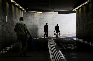 Στοιχεία - σοκ: 1 στα 3 νοικοκυριά ζει με ετήσιο εισόδημα κάτω των 10.000 ευρώ