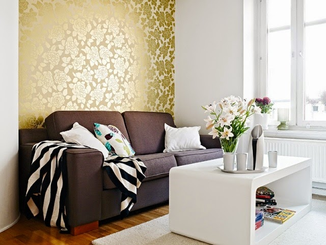 Luxury Living Room Color Design With Gold Patterned Wallpaper