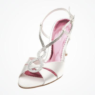 Sandálias modernas para noiva