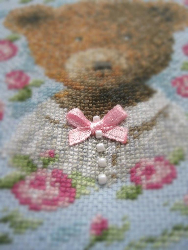 cross stitch вышивка медвежонка bear девочка-медвежонка
