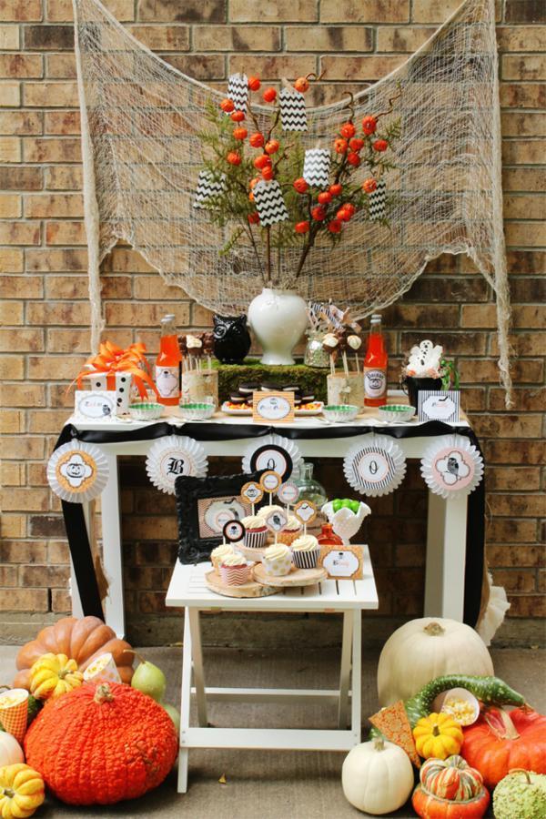 31 Halloween Party Ideas   Six Sisters' Stuff - photo#15