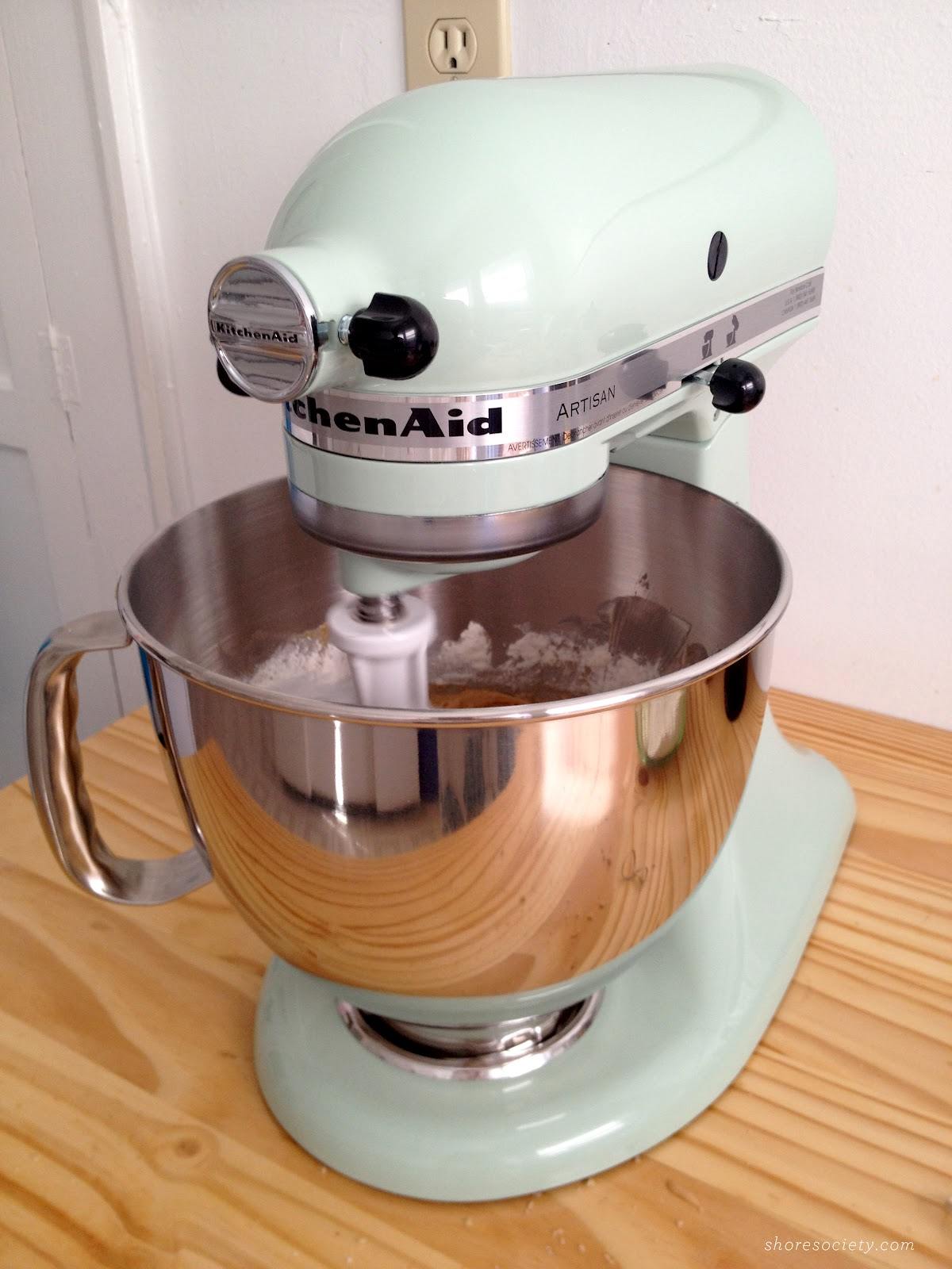 I Made Them Once Before, And Gave Them The Honor Of Being The First Batch  To Come From My New Pistachio KitchenAid Stand Mixer. Here She Is, Hard At  Work: