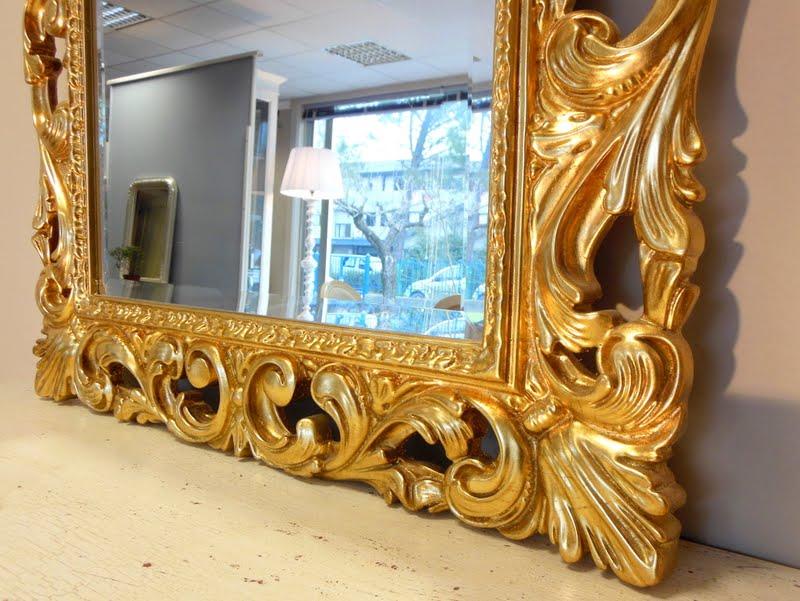 Mobili casanova specchiere intagliate oro argento for Specchiera barocca