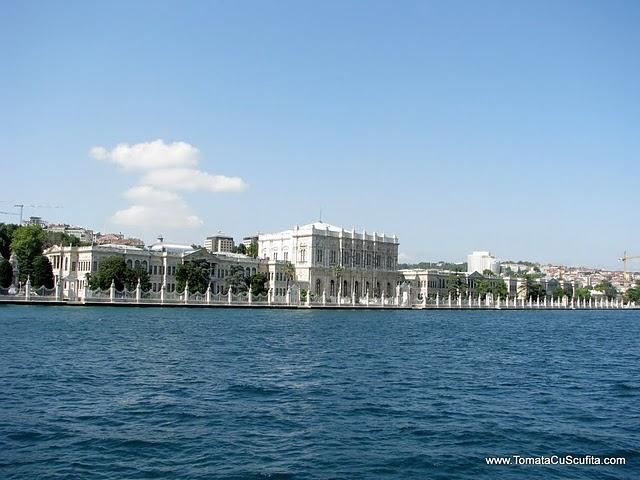 Palatul Dolmabahce Istanbul resedinta ultimilor sultani Palatul-Dolmabahce