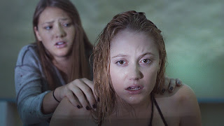 it follows-lili sepe-maika monroe