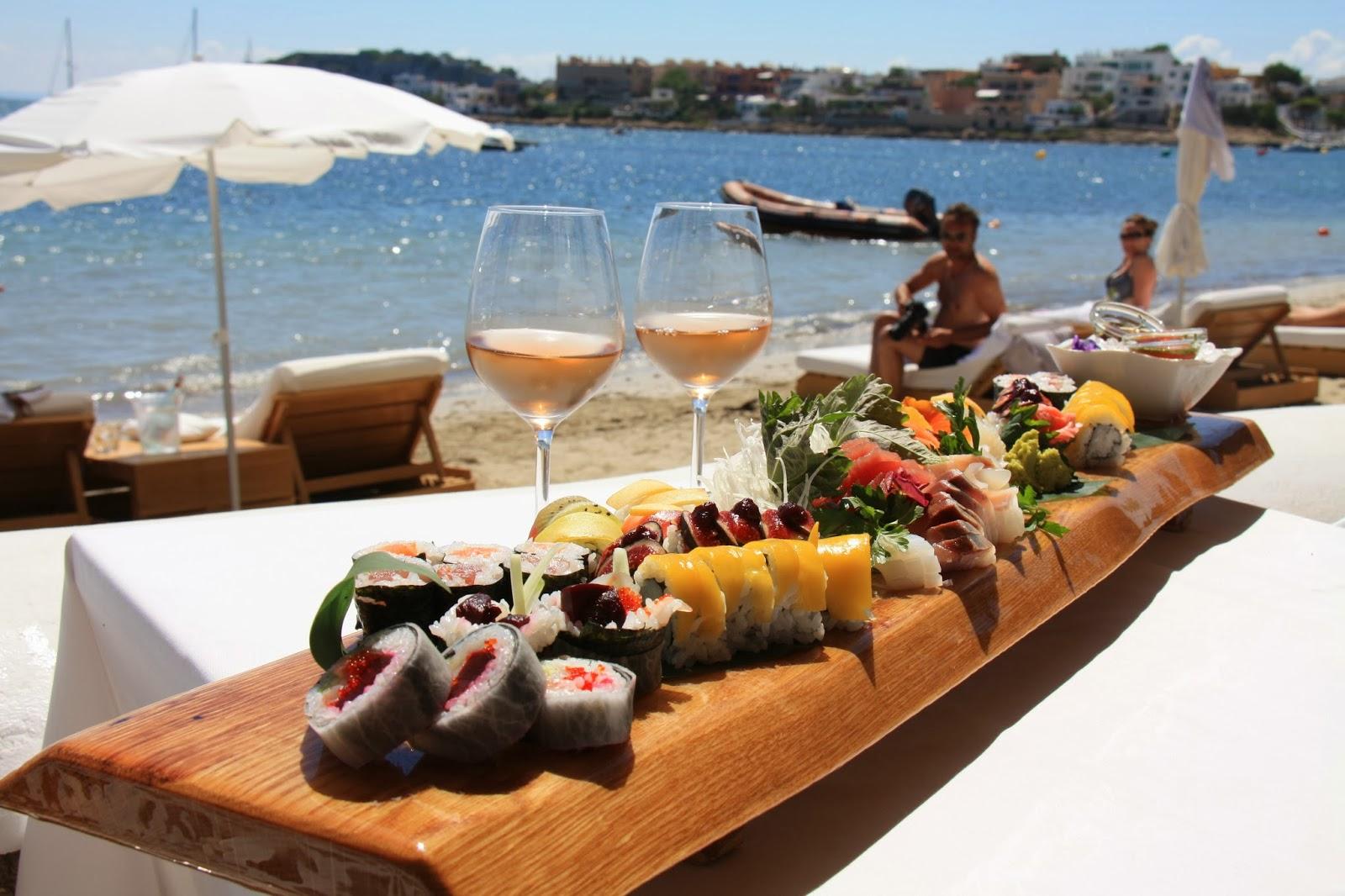 El observador solitario ibiza restaurante en el mar y fuego en la tierra - Restaurantes en el puerto de ibiza ...