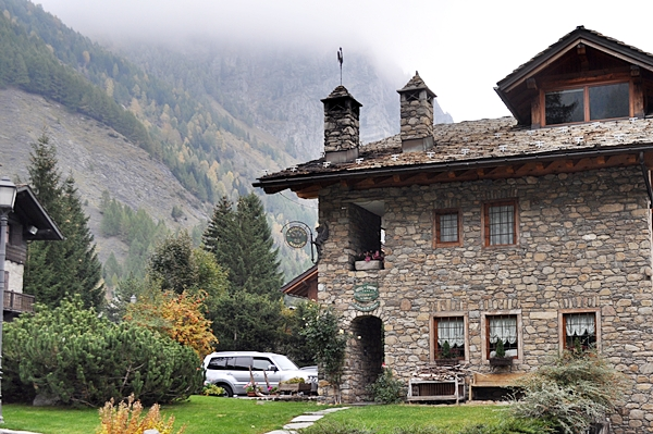 Autunno in val d 39 aosta for Auberge de la maison entreves