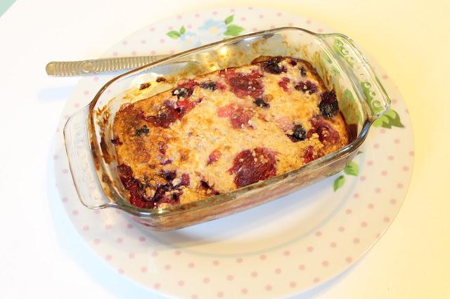 slimming world baked oats breakfast fruit