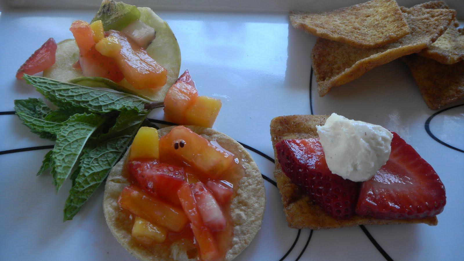 The Twisted Kitchen: Fruit Salsa/Fruit Nachos