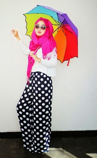 25 Model Baju Muslim Dian Pelangi Terbaik - Kumpulan Model
