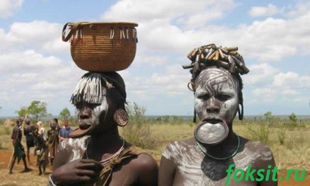 украшения девушек из племён африки