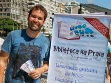 Projeto Livro de Rua incentiva leitura associada ao lazer