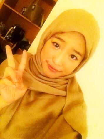 Foto Haruka Nakagawa JKT48 Pake Jilbab