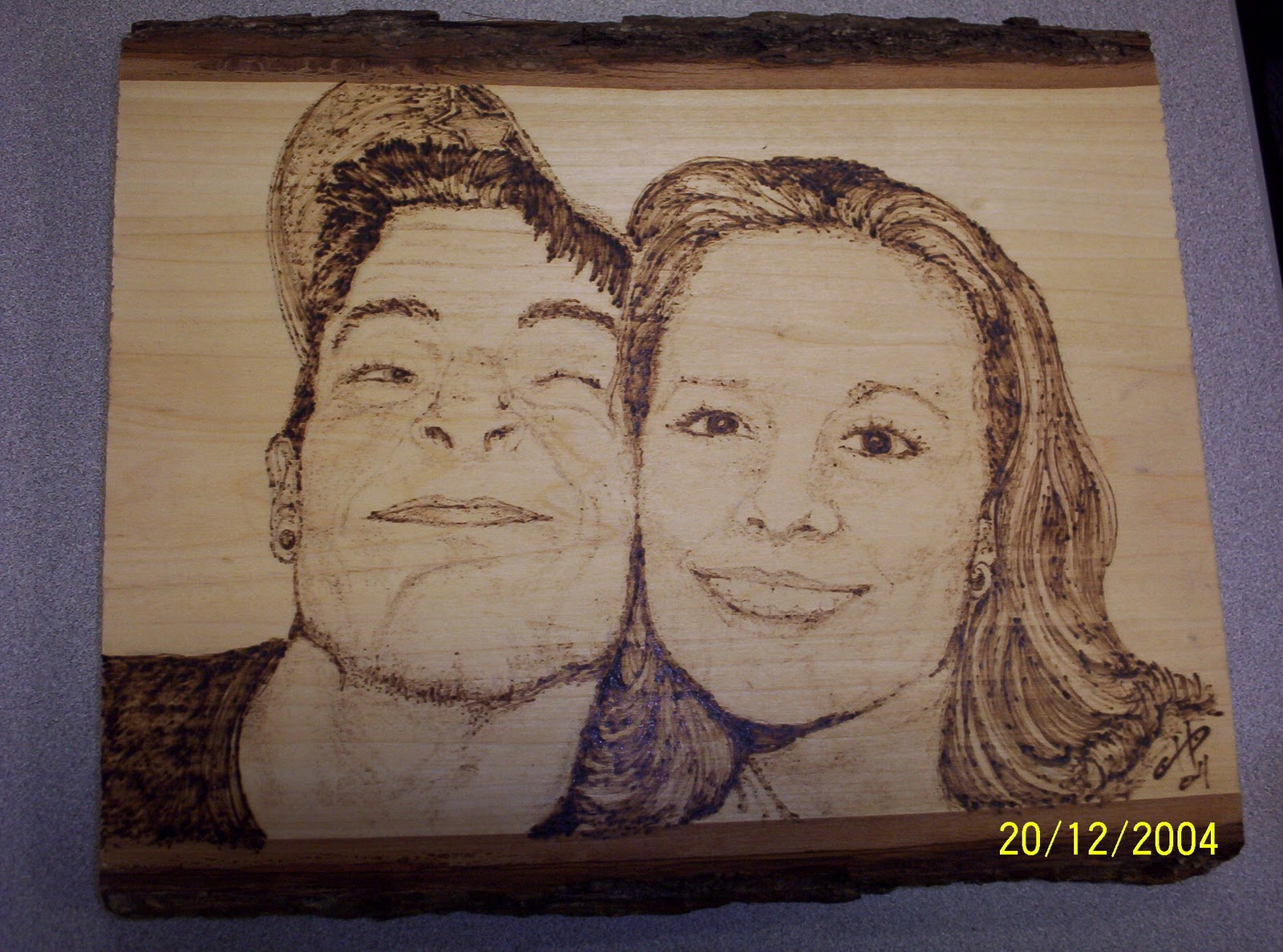 on wood , gives us special gifts for friends and family using wood ...
