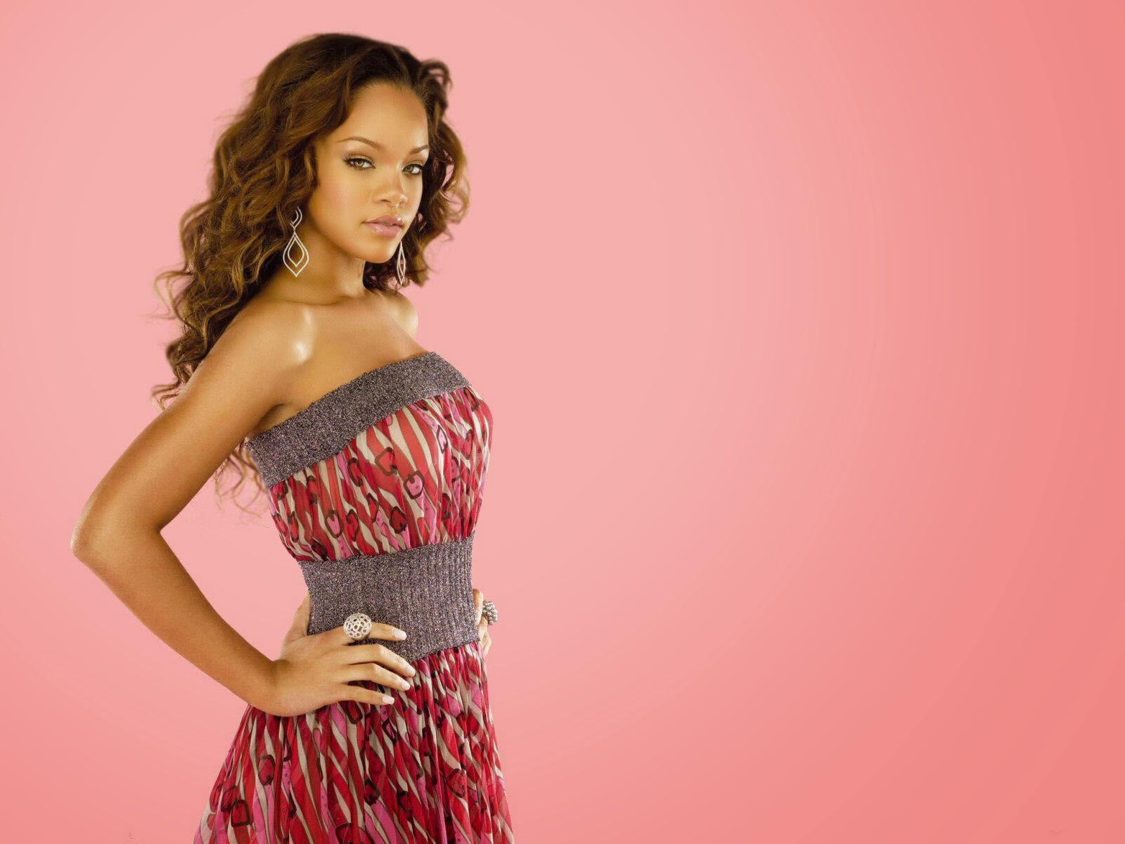 Rihanna Rimes Nude Photos 63
