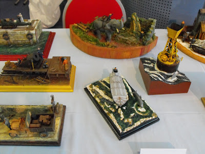 Maquettexpo : La table de Kitmaquettes DSCF2230