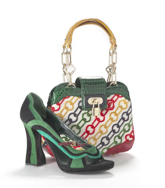 zapatos+prada-bolso-louis+vuitton