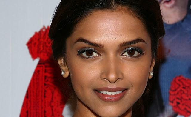Deepika Padukone Lips Hot Padukonehotimage