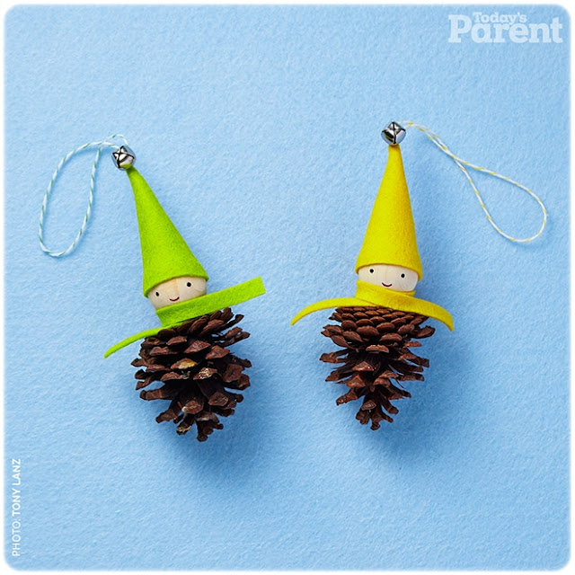 DIY elfos piñas Navidad