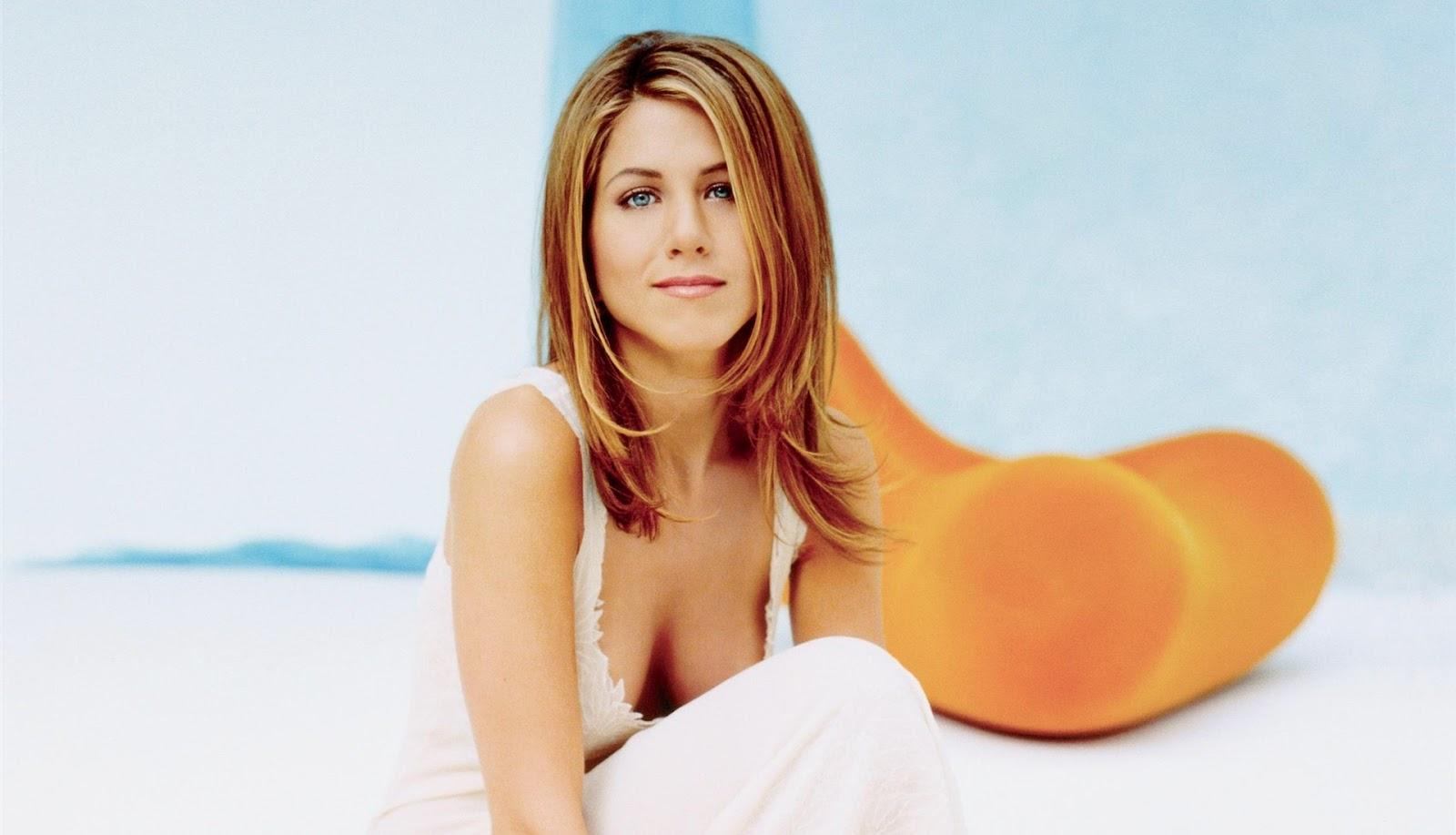 http://3.bp.blogspot.com/-VzmJskj-GHA/UH7etawX6OI/AAAAAAAAIr0/cIAPzKvfJQ0/s1600/Jennifer+Aniston+(18).jpg