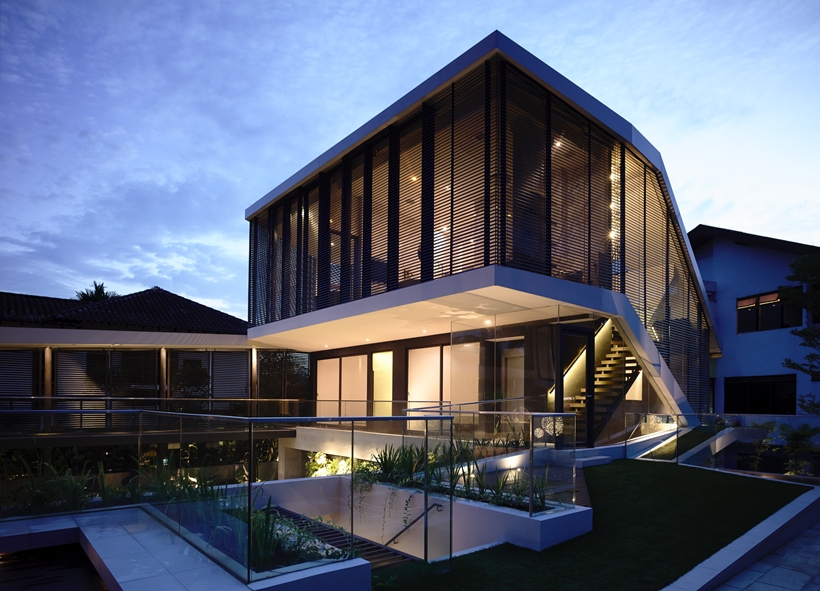 Facade of an Impressive dream home in Singapore by a-dlab at night