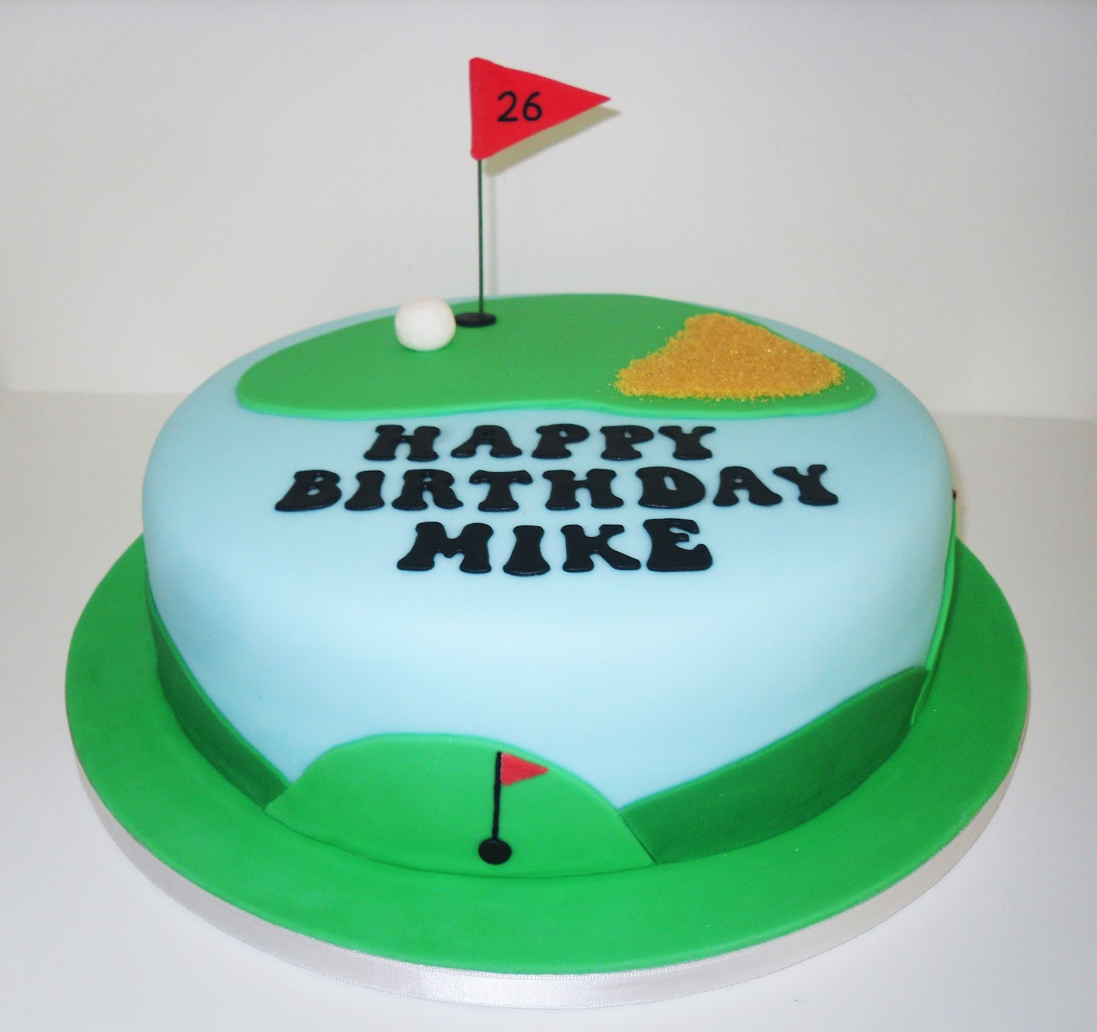The Coloured Bubble Cakery: Mike s Golf Cake