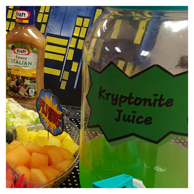 diy superhero table food ideas, superhero party decorations, kriptonite juice eventsojudith