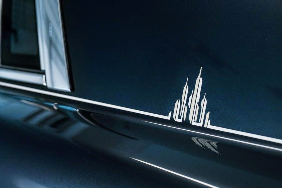Rolls-Royce Phantom Metropolitan Collection (2014) Coachline Detail