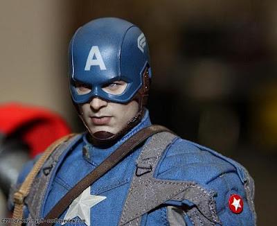 Hot Toys 1/6 Captain America The First Avenger