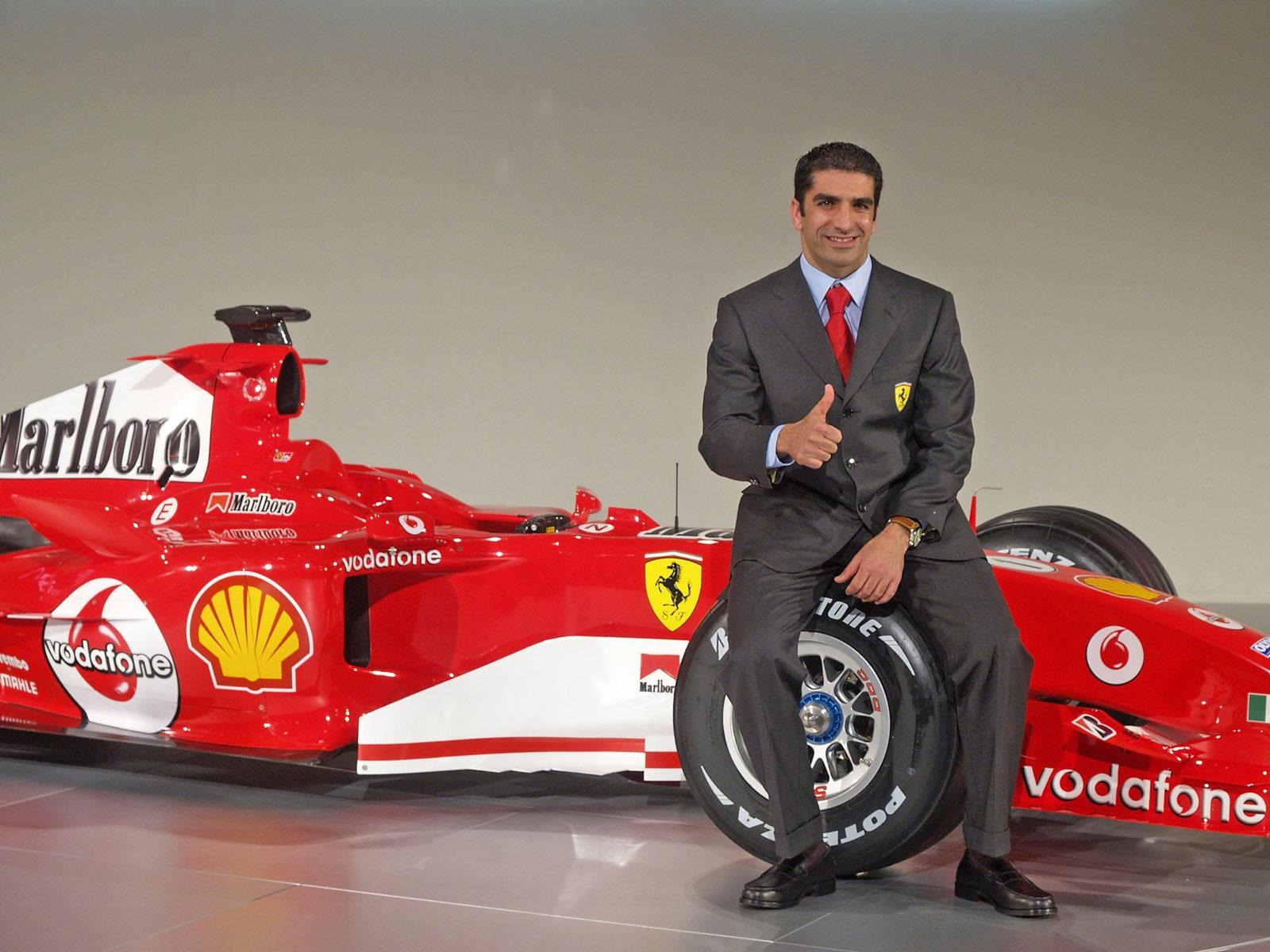 http://3.bp.blogspot.com/-W-c0cZltf2g/TcaV2eieBAI/AAAAAAAAAPg/lV7_wpoFzrk/s1600/Ferrari-F2005-02-1600.jpg