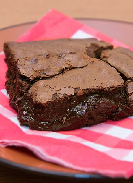 Gooey brownies from scratch. A fantastic delight for chocolate lovers.