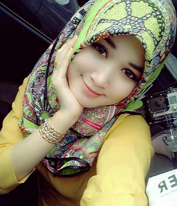 Cara Memakai Jilbab agar sesuai dengan warna Kulit