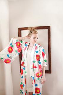 https://www.etsy.com/listing/126150271/kimono-vintage-kimono-floral-kimono