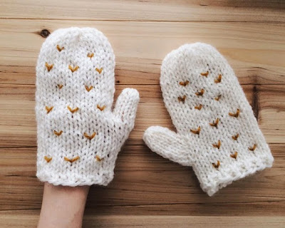 https://www.etsy.com/fr/listing/206101311/white-mittens-hand-knit-gloves-chunky?ref=favs_view_17