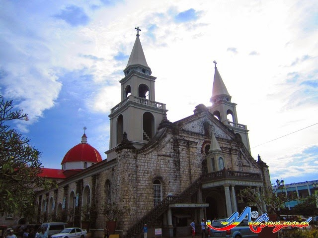 jaro cathedral, iloilo churches, iloilo tourist spots, what to do in iloilo, around iloilo city, where to go in iloilo, iloilo travel blog