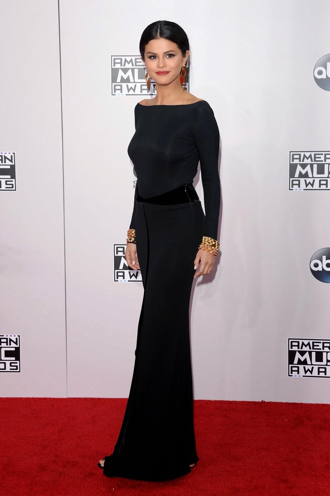 Selena Gomez no American Music Awards em Los Angeles, nos Estados Unidos
