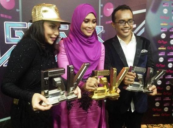Beza markah antara Siti Nordiana dan Faradhiya di Final Gegar Vaganza 2
