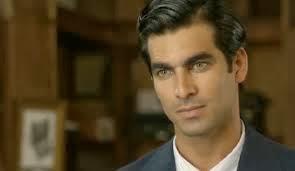 Ruben Cortada, como Ramiro Arribas