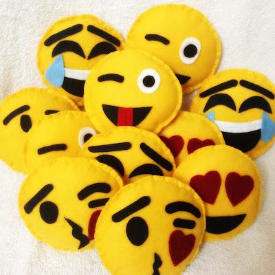 Emoji, Mine Almofadas, Emotions, Presente Legal
