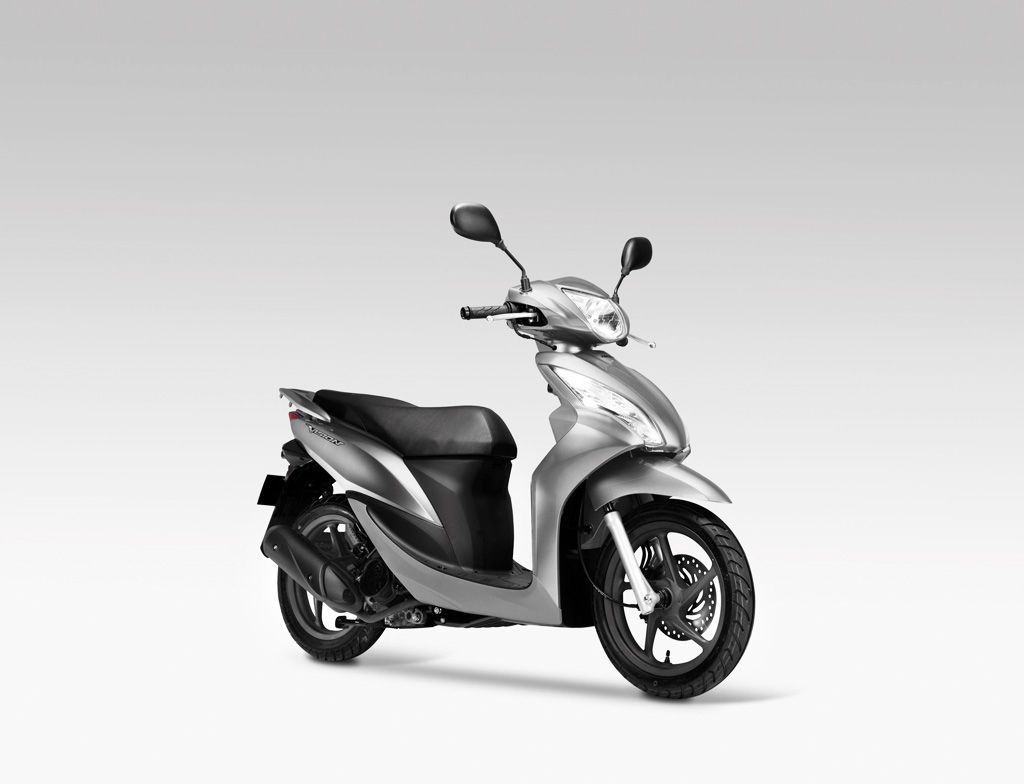 http://3.bp.blogspot.com/-W0dCcyI8XN4/Tdlv5DTgO5I/AAAAAAAAAIM/qsKFvg9_Xkw/s1600/2011-Honda-Vision-110-Scooter-Images.jpg