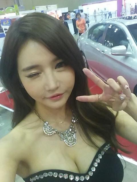 3 Han Ga Eun -  World Consumer Electronics - very cute asian girl-girlcute4u.blogspot.com
