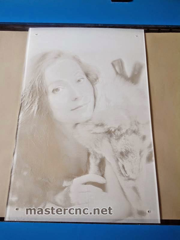 Лазерная гравировка портрета. Днепропетровск