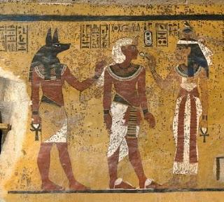 bintik Coklat di Makam Raja Tut