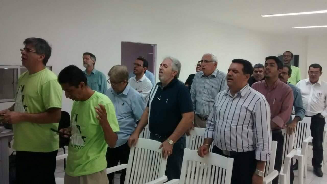Igreja Perseguida - PORTAS ABERTAS