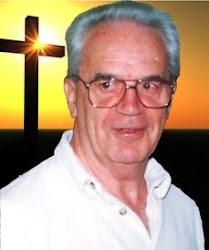 Padre Luis Quinn.