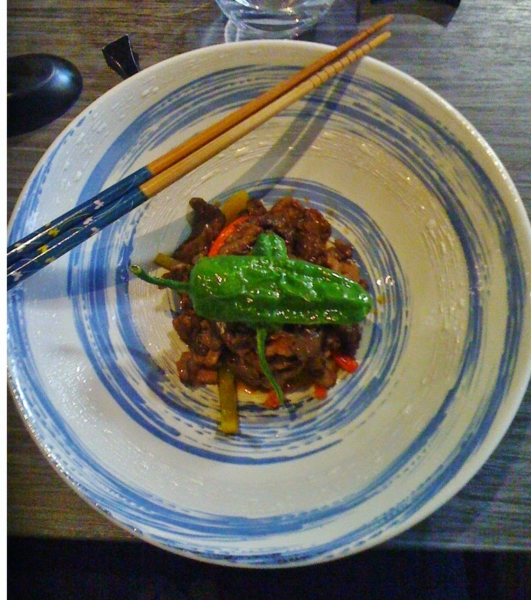 maruya dining japanese le meilleur restaurant japonais de bordeaux camille in bordeaux. Black Bedroom Furniture Sets. Home Design Ideas