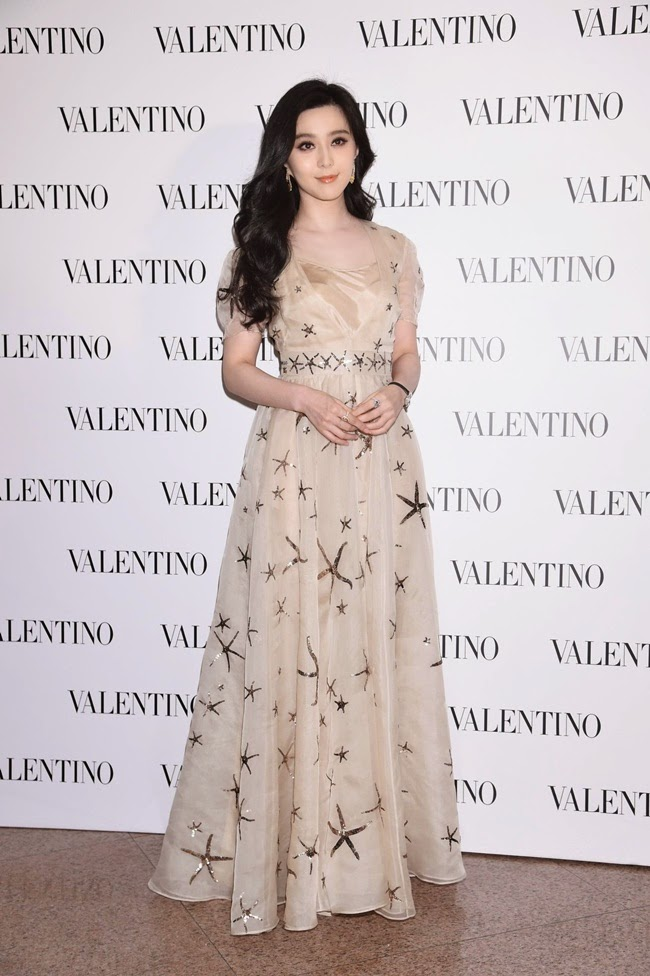 Valentino 2015 SS Starfish Sheer Mesh Dress red carpet