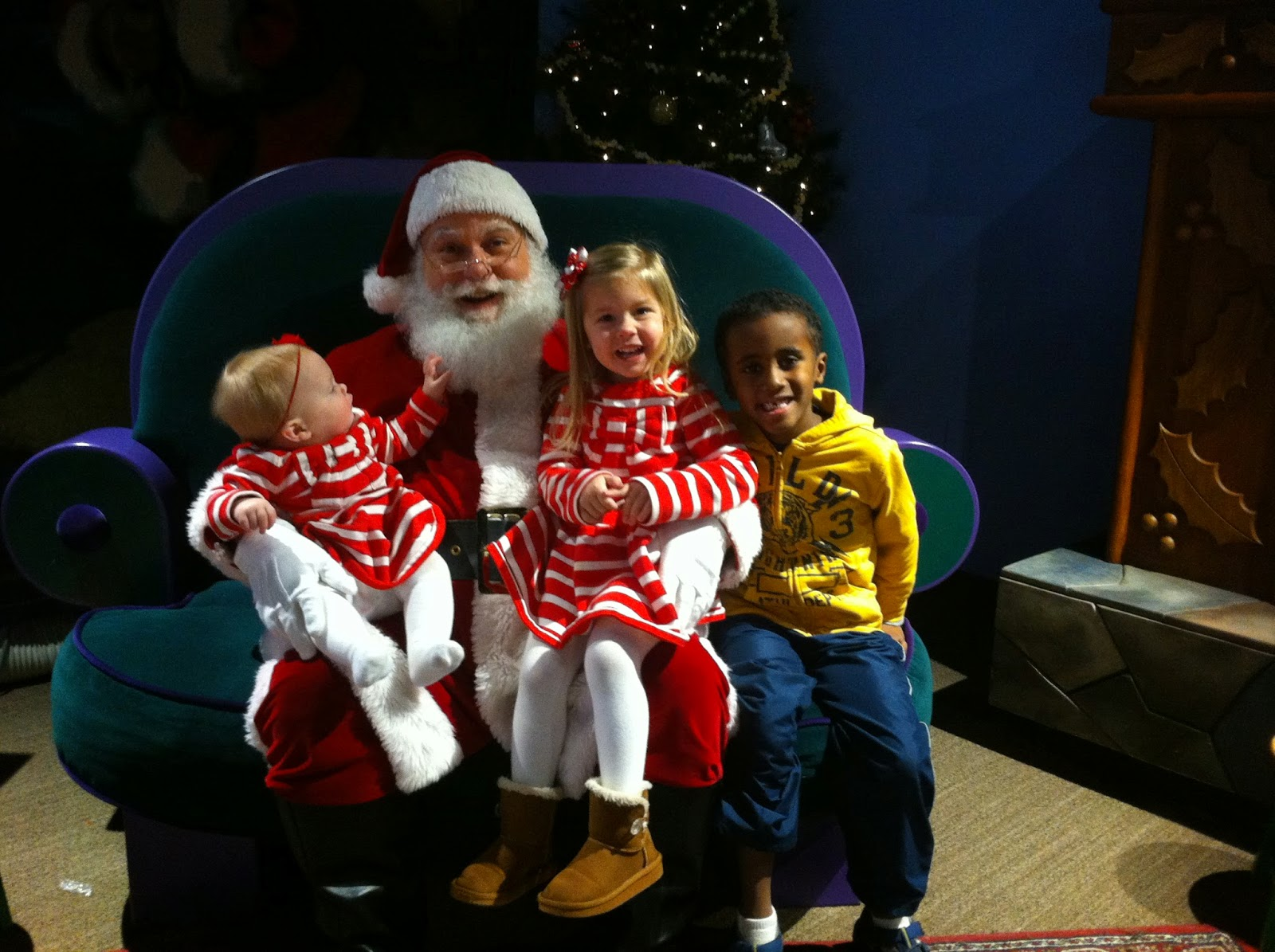 santa claus single parent personals Detailed profile of single adult in the news - 23 mar: barry bonds mitt romney rupert murdoch santa claus adult personals for singles and couples.