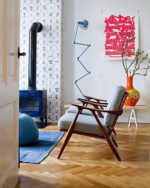 Lampara grande Jielde de suelo azul salon danes escandinavo